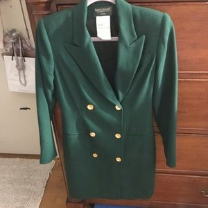 The most gorgeous green blazer ever